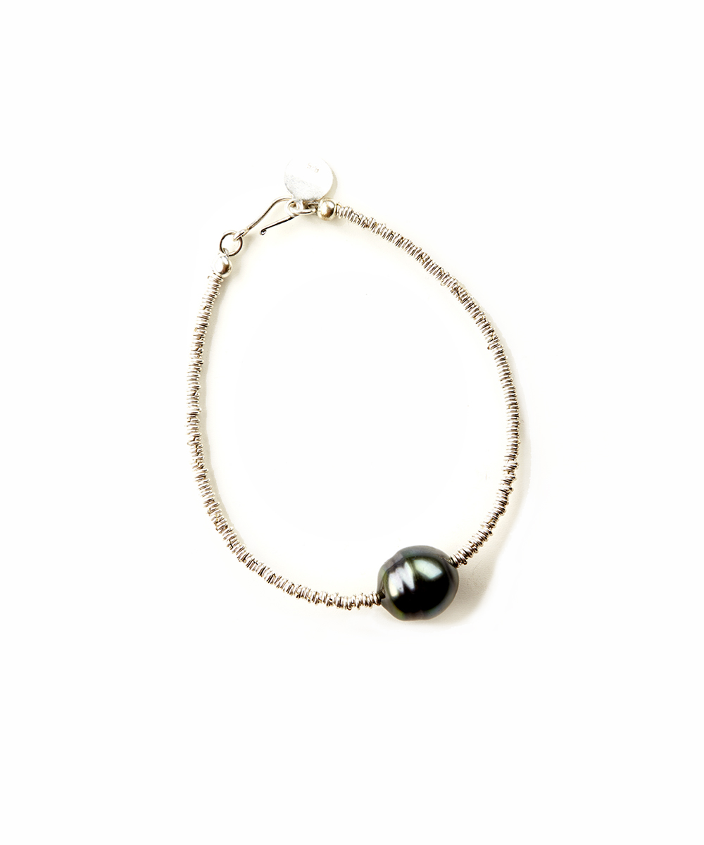 with white freshwater pearl keshi in winterson silver bracelet black sterling