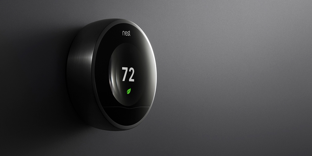 bould_nest_thermostat_dark_wall_001.jpg