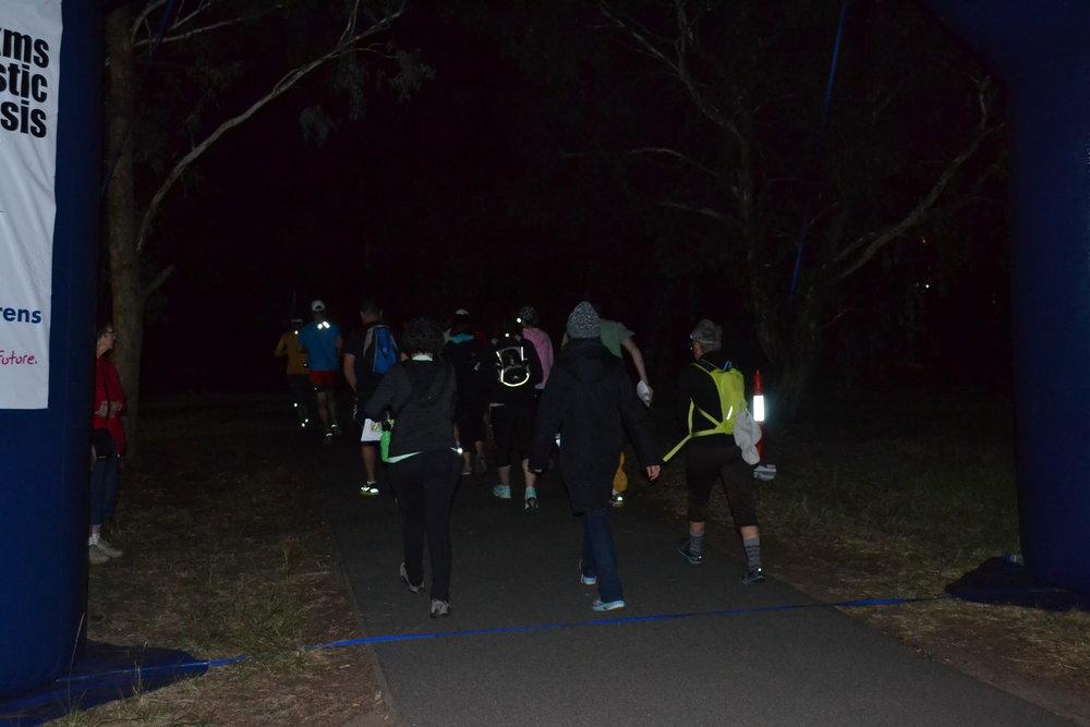 DSC_0207 - Into the park 6am.JPG