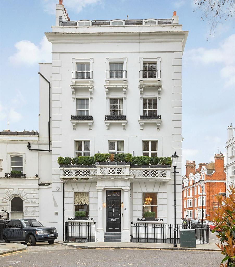 5 Bedroom Character Property Ovington Square London