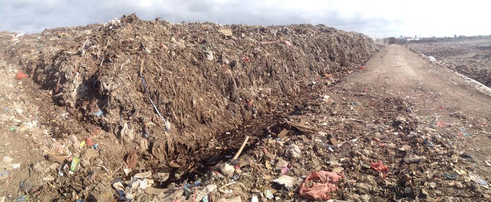 7Serangan dump_Bali6.JPG