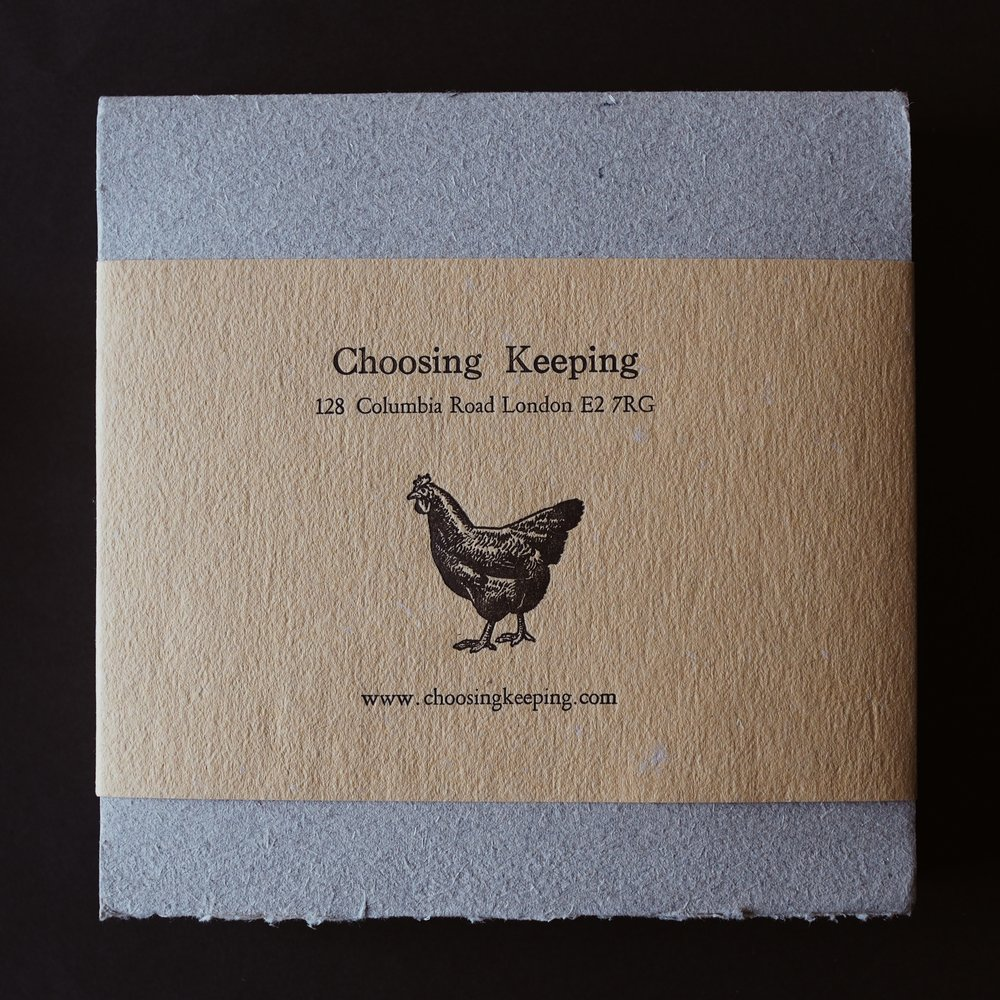 Choosing Keeping's 17 century drawing paper sketchbook