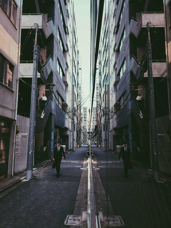 MIRROR_JP_GUY.jpg