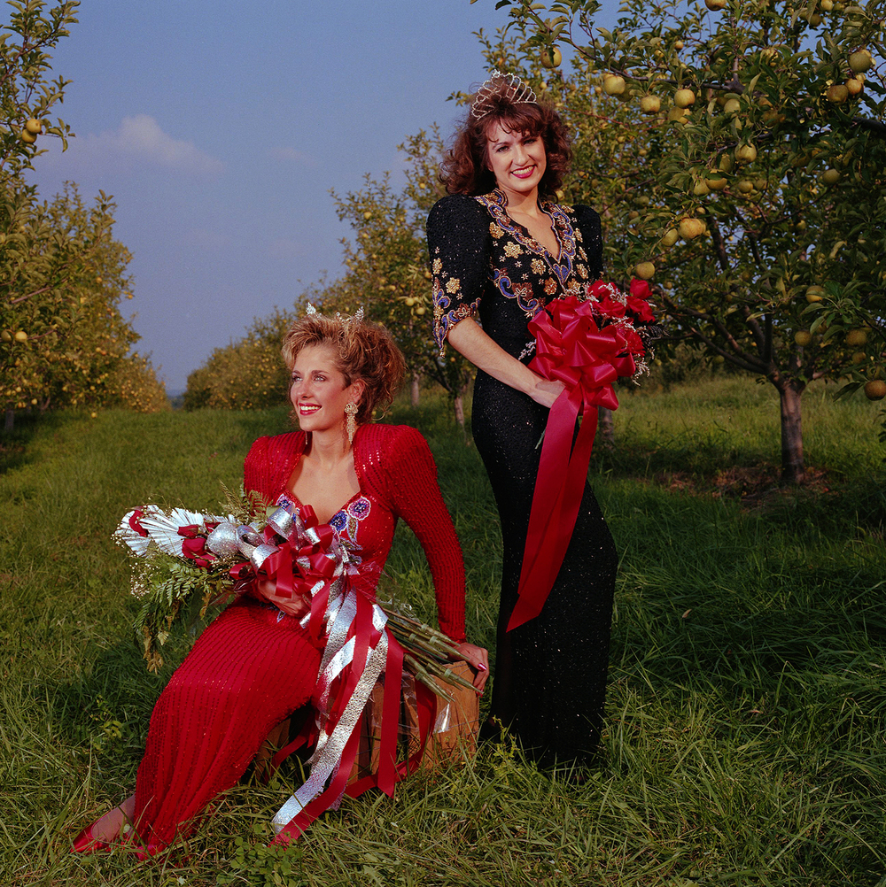 The Apple Queen and the Peach Queen – Kelly South and Rebecca Burchhauser - Cobden, Ill.