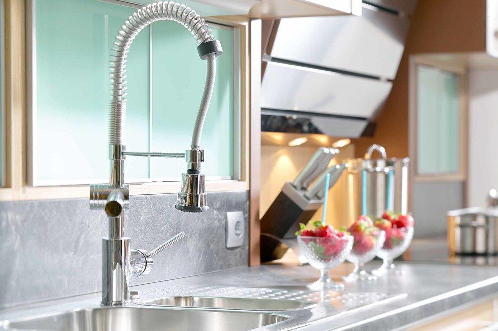 modern_faucet.jpg