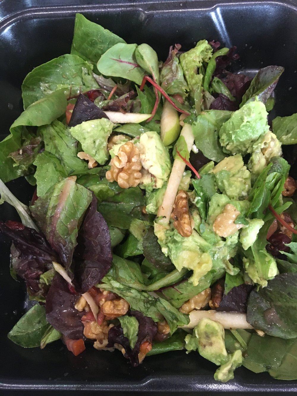 Boston Salad - no bacon, add avocado