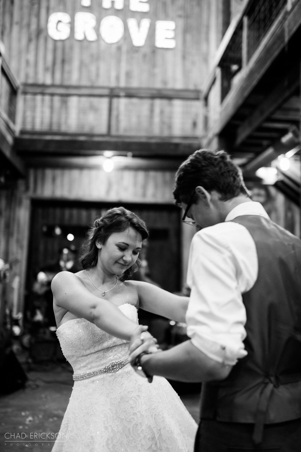 B&W first dance