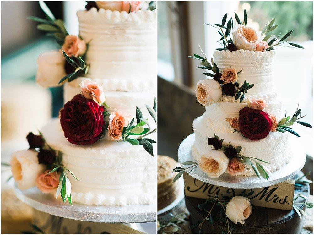 Wedding cake photographs