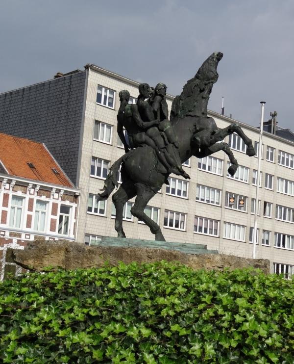 t'Ros Beiaard Dendermonde.jpg
