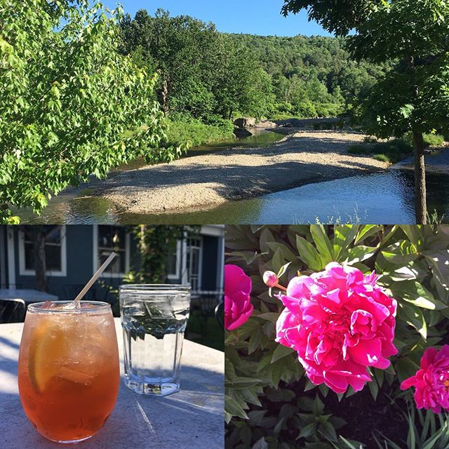 TGIF! Friday night cocktails on the river @peasantvermont right behind @valleyworksvt Cheers! 🥂 #madrivervalley #coworkingspace #remotework #remotejobs #mrv #vt #vtliving #gettowork #coworkhere #vermontlife #vermont