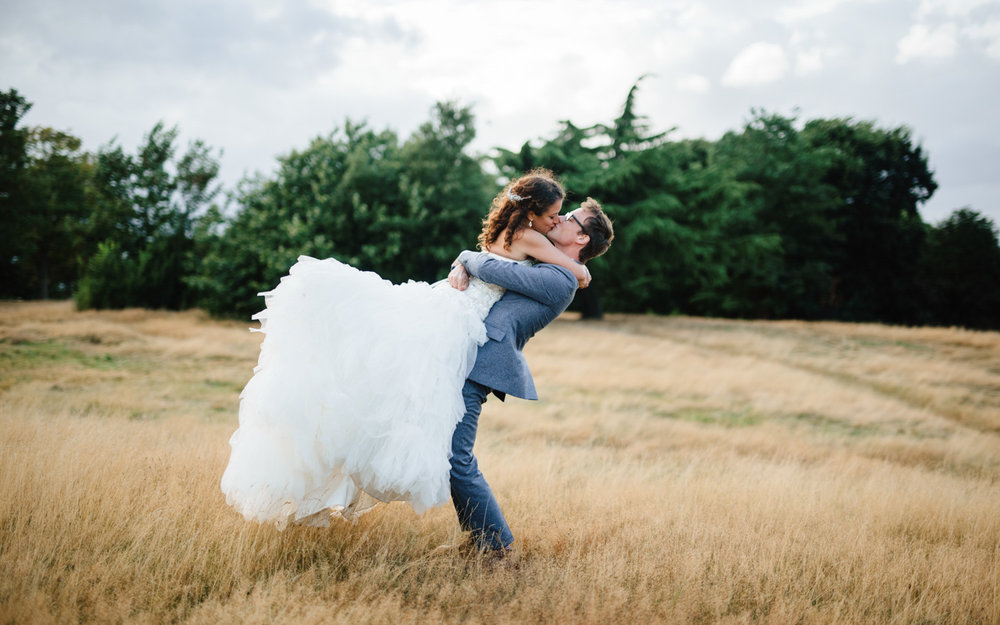 Leigh_Alexander_Quintin_Smith_London_Wedding_NovellaPhotography_OutdoorWeddings13