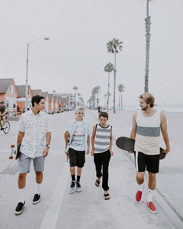 Fun photo shoot spring summer 19. Thanks 📸 @vlasta_pilot for making it easy!  And thanks the Boyz @little_tiaina  @austin_poynter @_spicoli_irl_  Hope you get better go follow their Instagram feeds🤙🏼🤙🏼 .......................................... . . . . . . . . #surfinglife #pineapple #clothes #clothingbrand #surf #skate #skateboard #surfer  #surfinglife #surfing #oside #oceansidecalifornia #oceanside #cali #California #beach #streetwear #photoshoot @joe2kamari #short #tank #tanktop #boardshorts