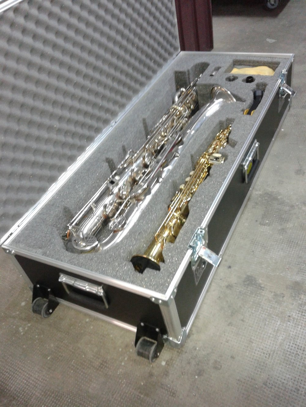 Trompeta y saxo.jpg