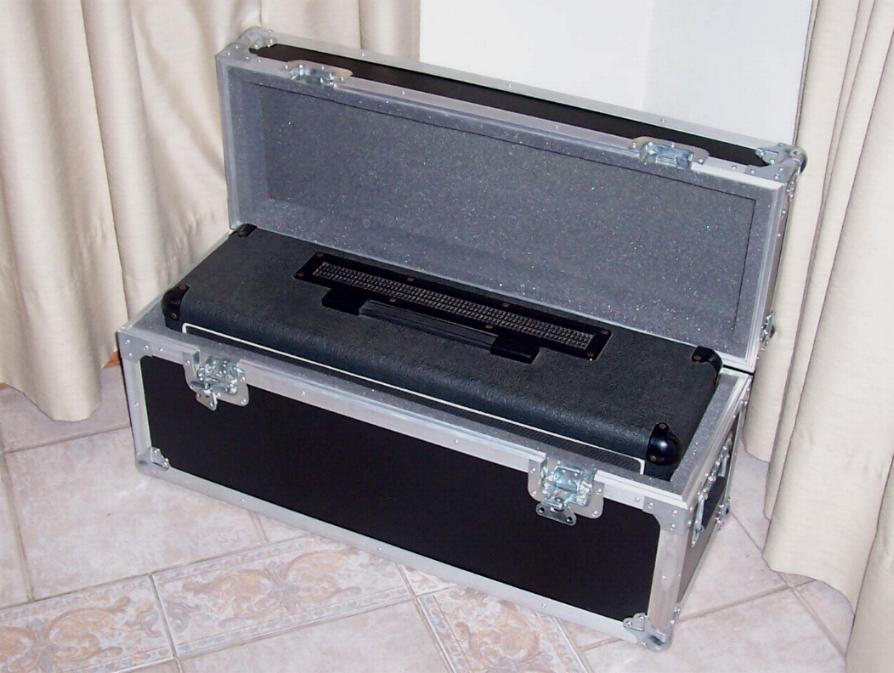 Caja para cabezal de guitarra.jpg