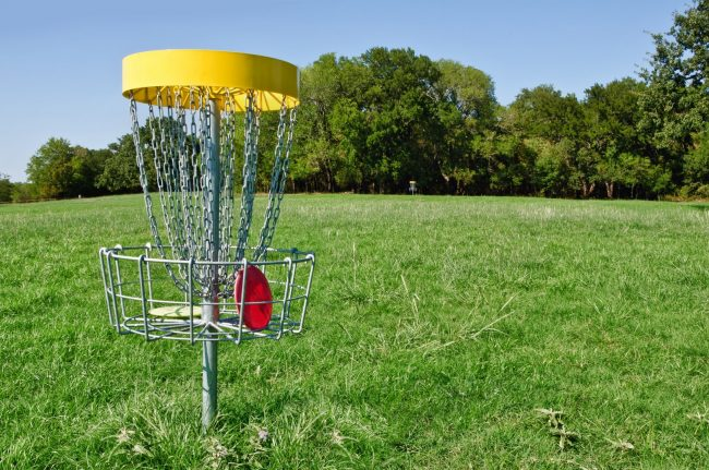 Learn to play disc golf! -