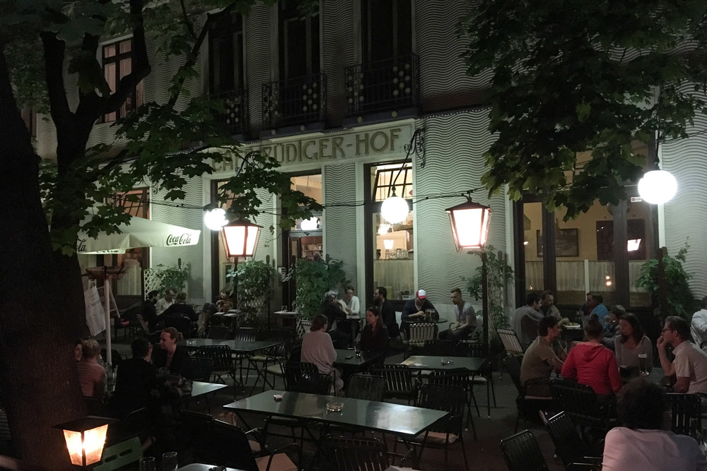 The lovely patio at Cafe Rudigerhof.