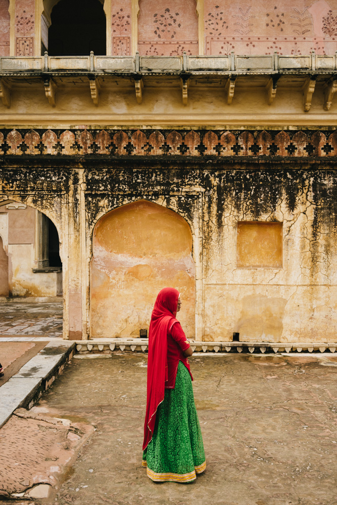 Colors, people, and textures of the Amer Fort.