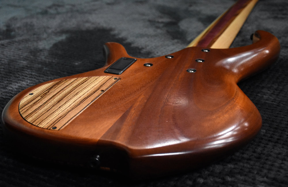 LowDown Custom 6