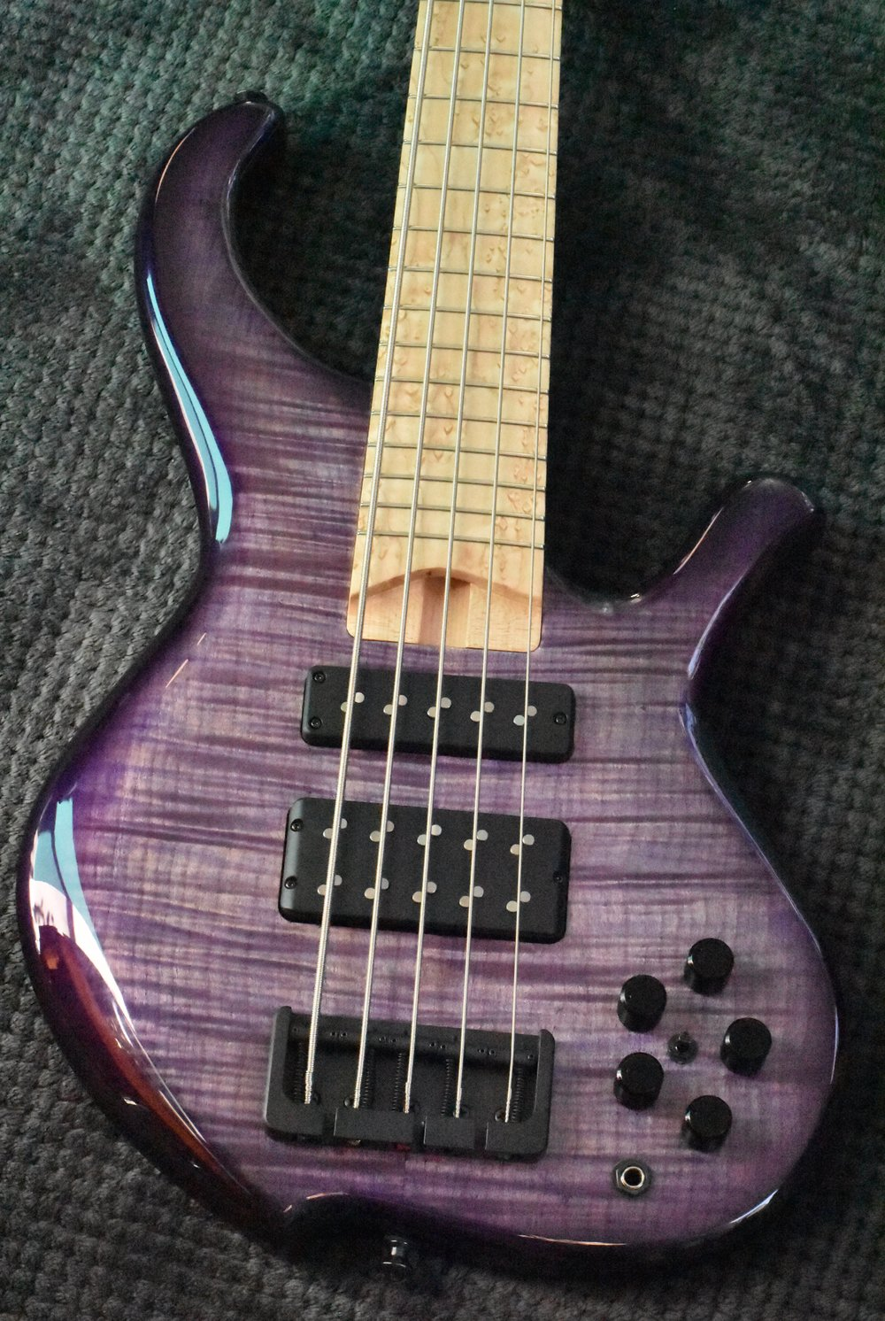 LowDown Custom Series 5