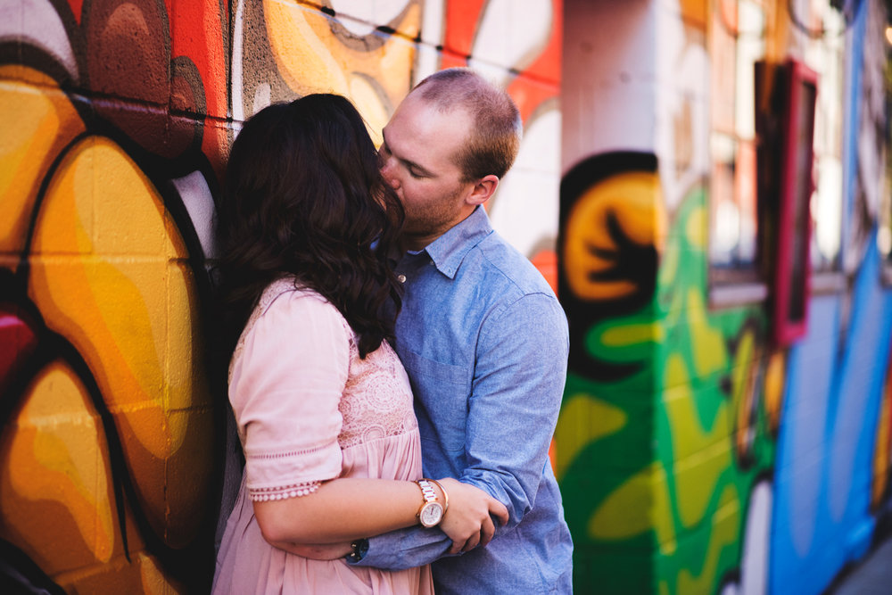 chicago-old-town-engagement2.jpg