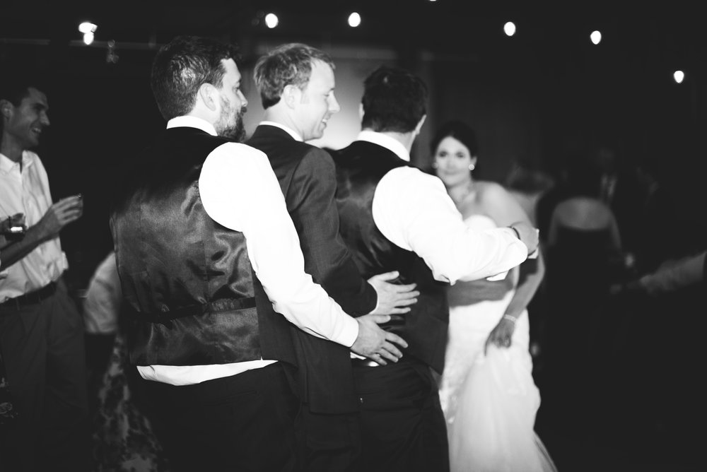 Barren-River-Kentucky-Wedding (115).jpg