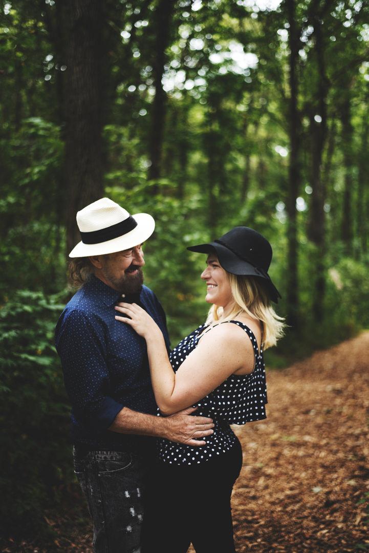Taltree-Aroretum-Indiana-Couples-Sessions036.jpg