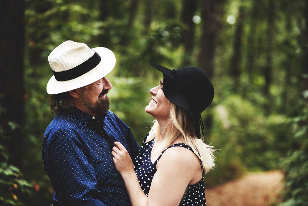 Taltree-Aroretum-Indiana-Couples-Sessions051.jpg