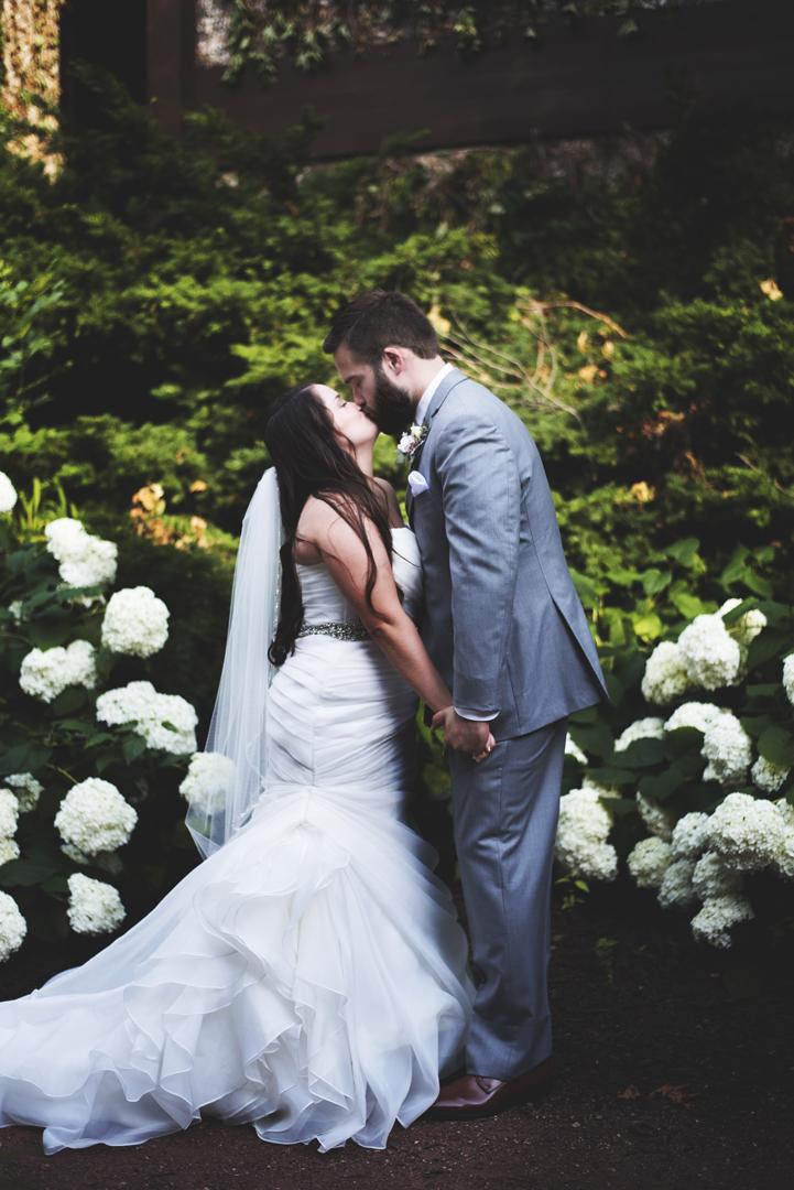 Grand-Geneva-Summer-Wedding_0012.jpg