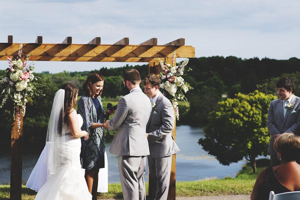 Grand-Geneva-Summer-Wedding_0022.jpg