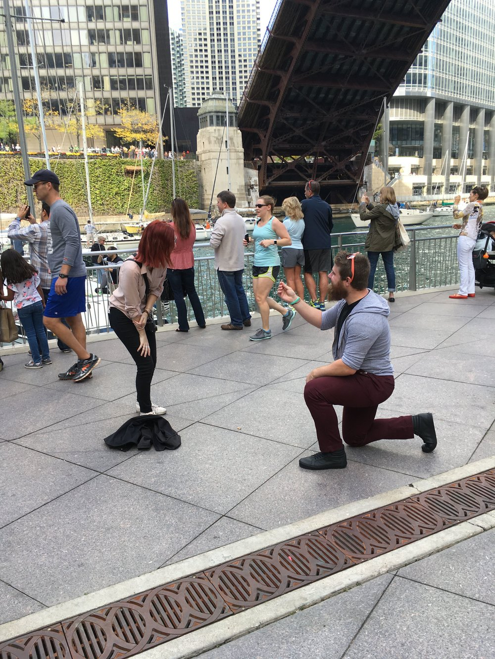 Chicago-Riverwalk-Proposal-Engagement30.JPG
