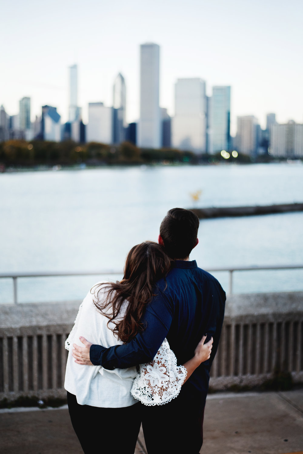 Chicago-Fall-Engagement-Session_0094.jpg