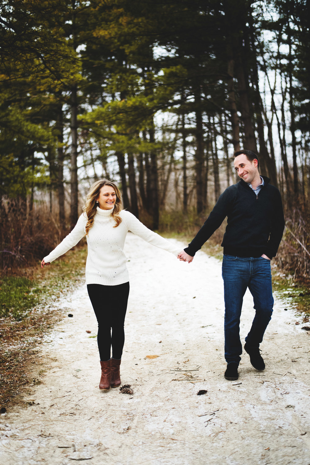 Blackwell-Forest-Preserve-Chicgao-Engagement025.jpg