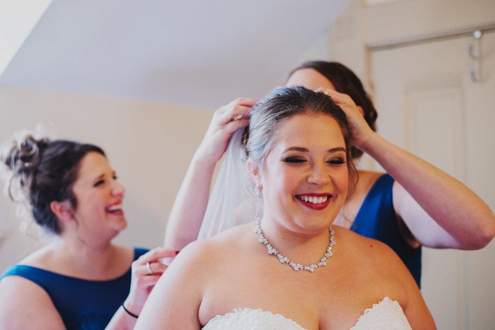Moreno-Briskey-Renwick-Mansion-Iowa-Wedding_0044.jpg
