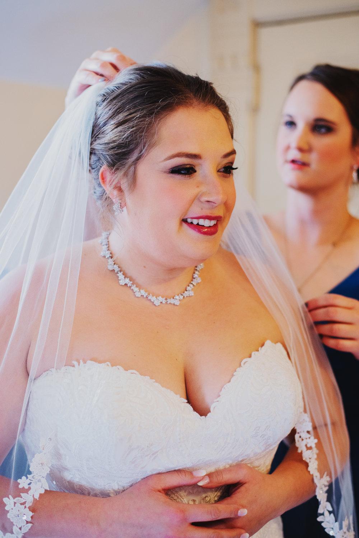 Moreno-Briskey-Renwick-Mansion-Iowa-Wedding_0045.jpg