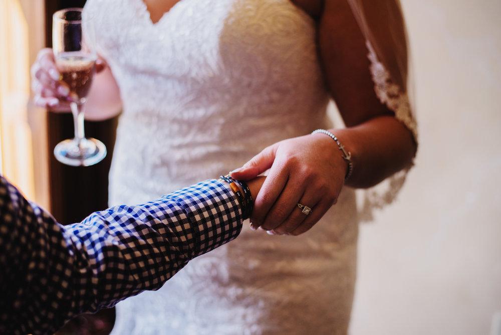 Moreno-Briskey-Renwick-Mansion-Iowa-Wedding_0063.jpg