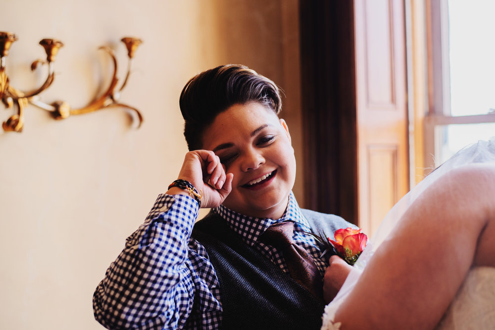 Moreno-Briskey-Renwick-Mansion-Iowa-Wedding_0065.jpg