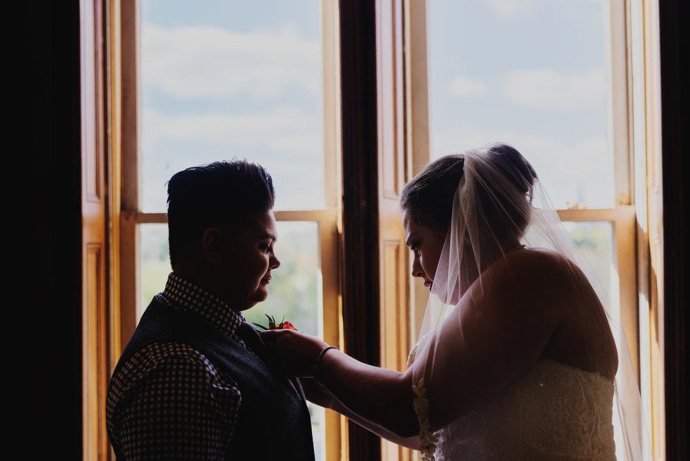 Moreno-Briskey-Renwick-Mansion-Iowa-Wedding_0066.jpg