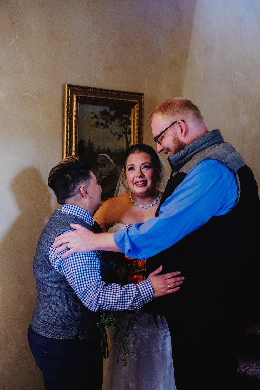 Moreno-Briskey-Renwick-Mansion-Iowa-Wedding_0073.jpg