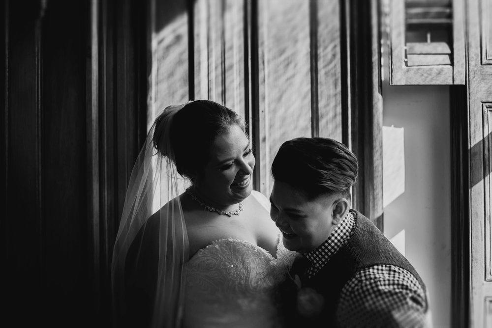 Moreno-Briskey-Renwick-Mansion-Iowa-Wedding_0082.jpg