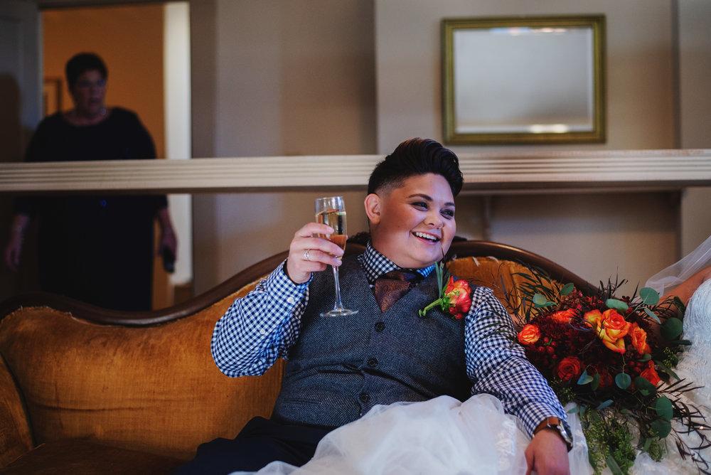 Moreno-Briskey-Renwick-Mansion-Iowa-Wedding_0089.jpg