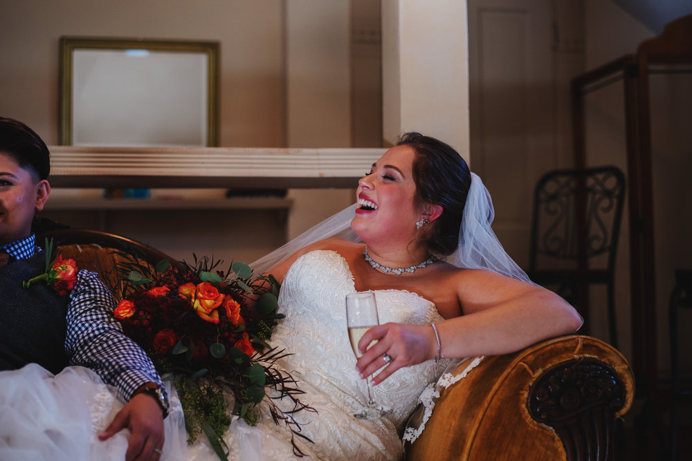 Moreno-Briskey-Renwick-Mansion-Iowa-Wedding_0090.jpg