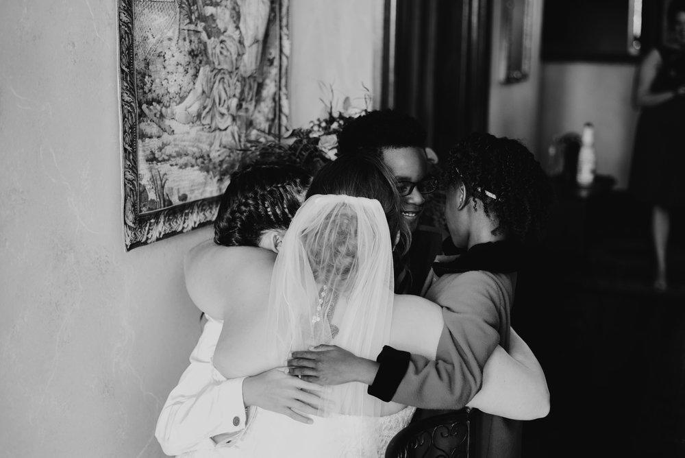Moreno-Briskey-Renwick-Mansion-Iowa-Wedding_0099.jpg