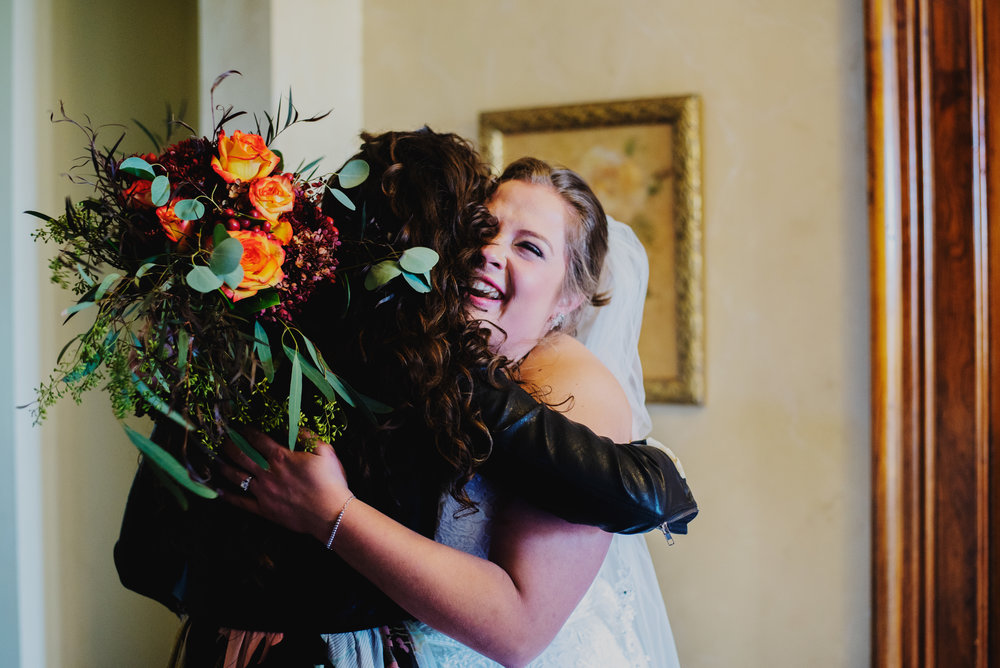 Moreno-Briskey-Renwick-Mansion-Iowa-Wedding_0102.jpg