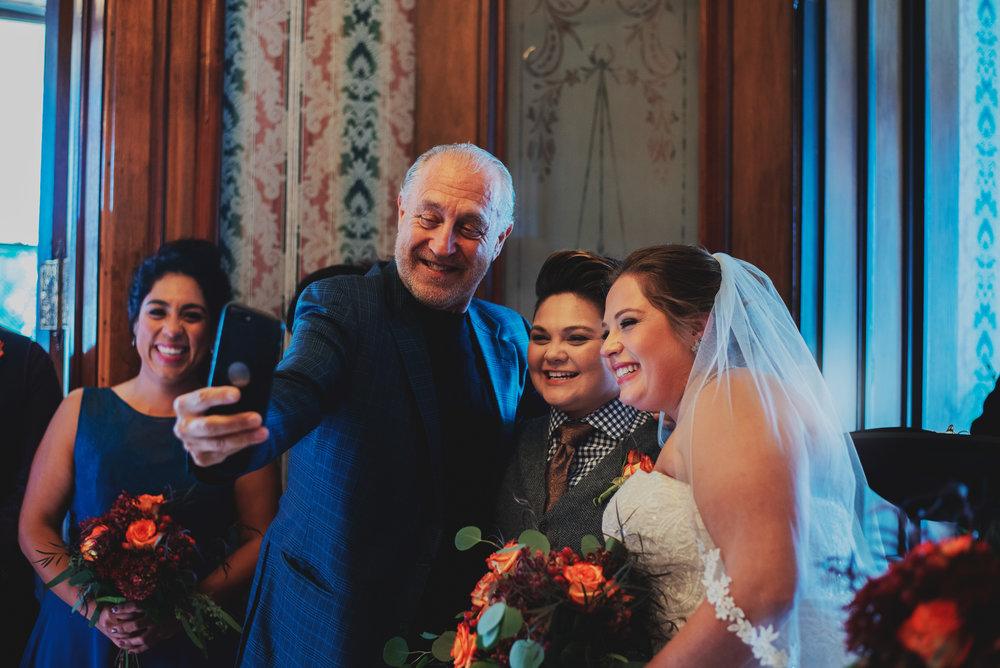Moreno-Briskey-Renwick-Mansion-Iowa-Wedding_0119.jpg