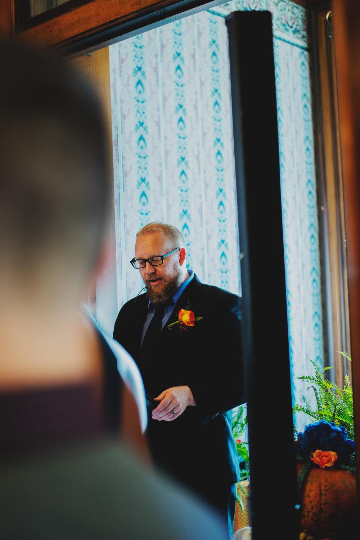 Moreno-Briskey-Renwick-Mansion-Iowa-Wedding_0120.jpg