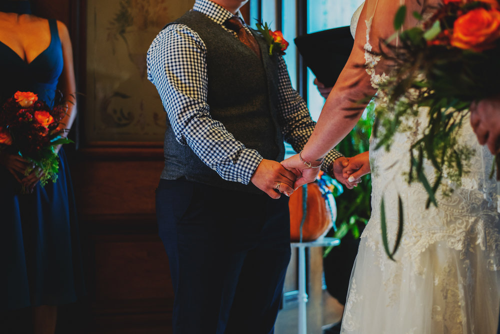 Moreno-Briskey-Renwick-Mansion-Iowa-Wedding_0122.jpg