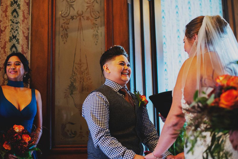 Moreno-Briskey-Renwick-Mansion-Iowa-Wedding_0123.jpg