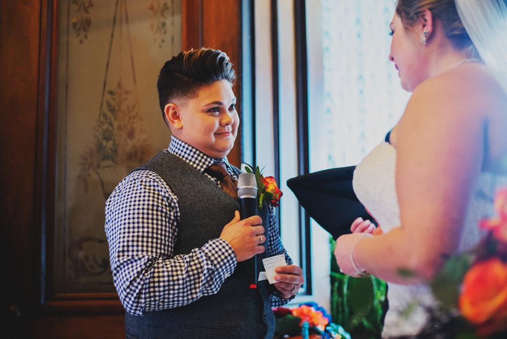 Moreno-Briskey-Renwick-Mansion-Iowa-Wedding_0132.jpg