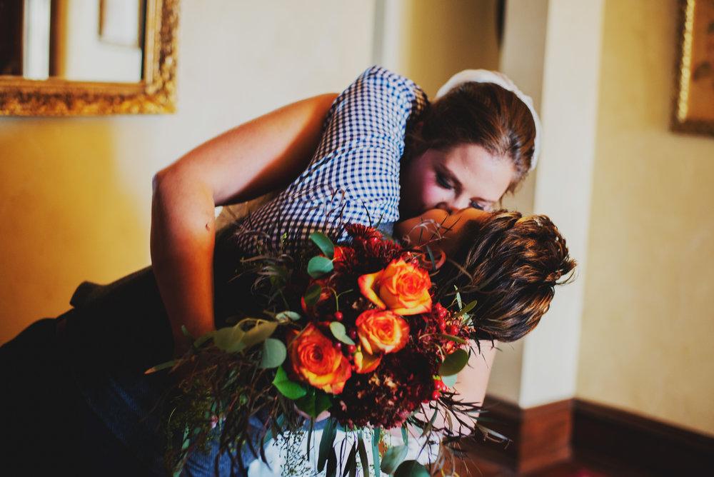 Moreno-Briskey-Renwick-Mansion-Iowa-Wedding_0135.jpg