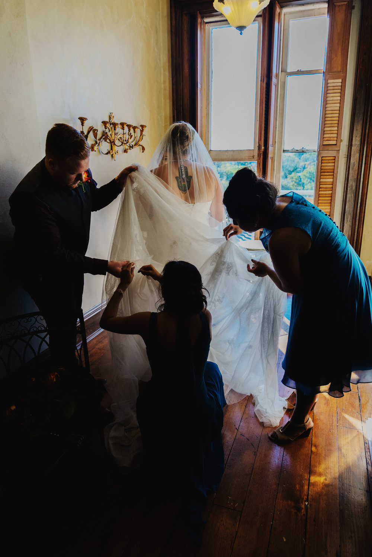 Moreno-Briskey-Renwick-Mansion-Iowa-Wedding_0152.jpg